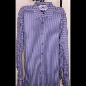 GAP  men Fitted M size 15-151/2 Blue stripped